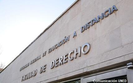 Facultad de Ciencias Económicas y Empresariales de Cádiz